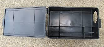 Description: กล่องใส่ถาดกาว อาท เเร็ท กลู